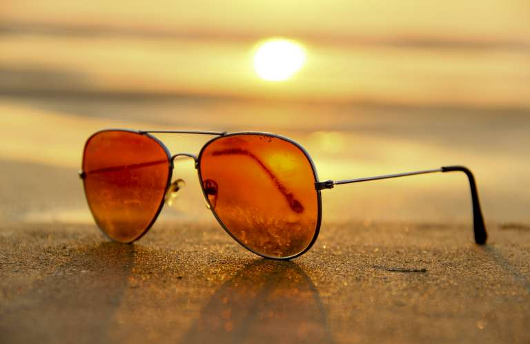 sunglasses_on_sand