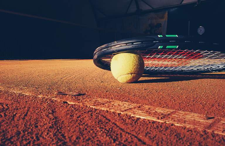 tennis_racket_and_ball